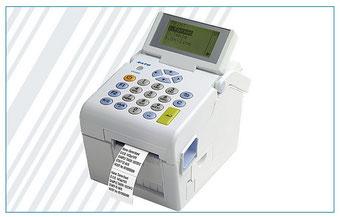 Kleiner mobiler Drucker mit Tastatur