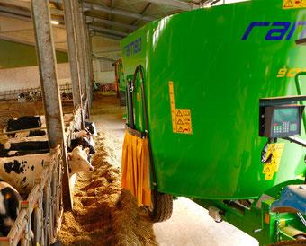Agro-Widmer Stalleinrichtungen - Futtermischer Faresin Rambo