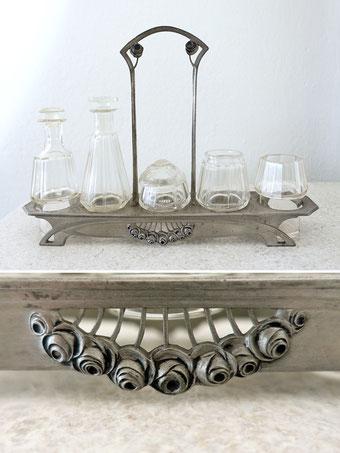 Antikes Besteck und Tafelsilber, Porzellan und Glas