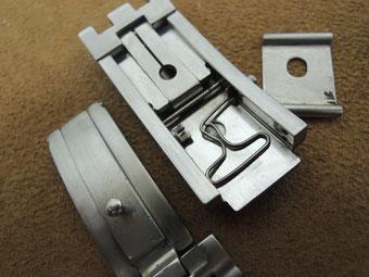 ※画像はイメージです。 ベルトのレーザー溶接修理などは弊社契約の修理工房でキチンと直すことができます。