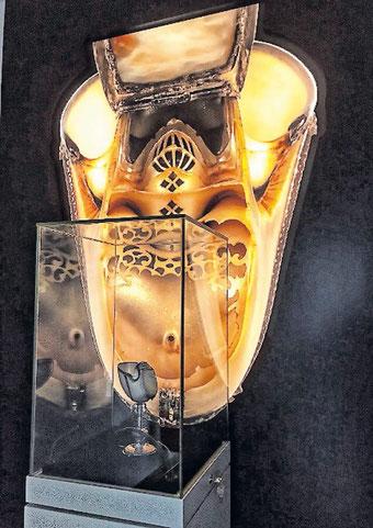 Ein Herzstück des Stadtmuseums: Der Nautilus-Pokal zeigt erstmals auch sein Innenleben. Fotos: Stadt Bad Dürkheim