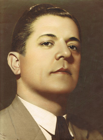 Autoportrait from Avedis (Luis) Tobdjian, revelead sepia and coloured with pencils.and  wit (ca.1940)