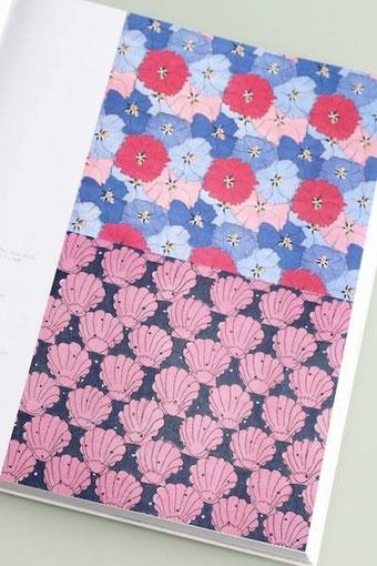 ピンクの貝殻の図柄