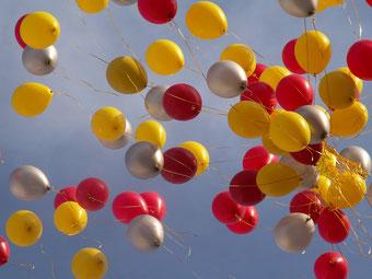 Eine menge Ballons