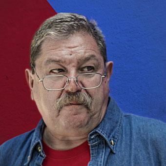 Paco Ignacio Taibo II - Fotografía, Facebook