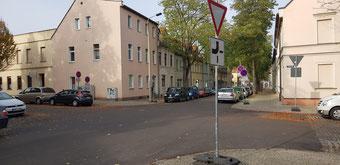 Vorfahrtsänderung / Halteverbot Liebknecht-, Steinstraße