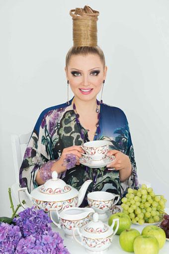 Lena Lenina rekomenduet pokupku tovarov v intenet magazine magnithous.ru
