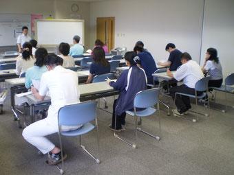 第1回目の「福利厚生研修会」。約20名のスタッフが集まりました