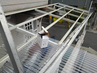 波板張り替え工事 施工中