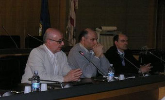 Un momento della presentazione. Da sinistra il Presidente del CFNM R. Manzuoli ed i relatori dell'incontro L. Bellesia e R. Ricci.