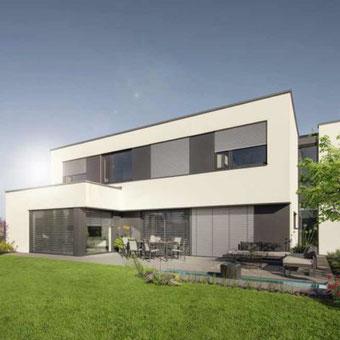 Modernes Wohnhaus mit WAREMA Fenster-System-Außenjalousie