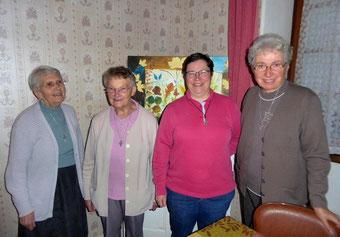 De gauche à droite : Soeur Léone, Soeur Gisèle, Soeur Hélène, Soeur Yvonne