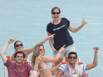 La Laia, en Pau, l'Anna i en Ferran (no hi surt però hi és, jejeejej) al llac d'Annecy a França!