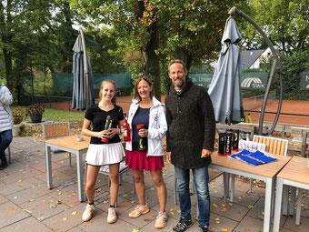 Siegerinnen Damen: Caro Sotovic und Ute Friesen