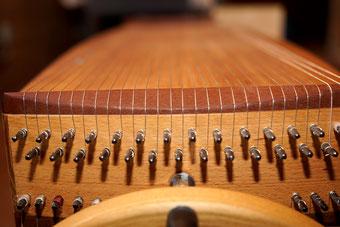 Musiktherapie Entspannung mit Instrument