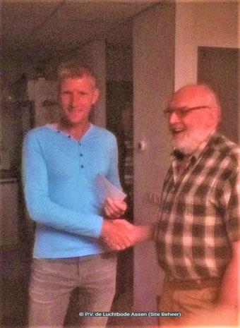 De waardebon voor 1e prijs van de Klassieker St.Vincent NIC 0303 Assen gaat naar Henri Hoeks