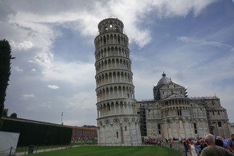 Pisa mit dem Schiefe Turm ist eine Reise wert.