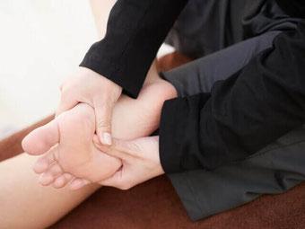 浮腫み 足裏マッサージ