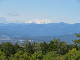 御岳が美しい。