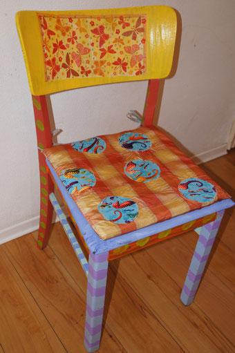 Kreatives Gestalten eines Stuhls (Marina,10 Jahre)