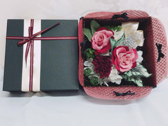 赤BOX W17D11H16 4,000円
