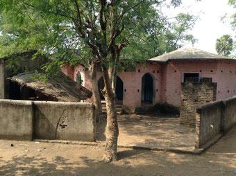 ラフールナガール村の小学校