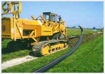 Einfräsen der Abwasserleitung