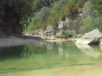 sejour zen en aragon nocito sierra de guara bien-etre ressourcement therapies holistiques piscine naturelle