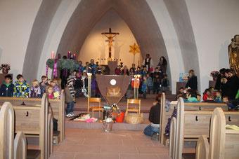 """""""Der Weihnatsstern zeigt uns den Weg"""" - Motto des Adventsgottesdienstes -"""