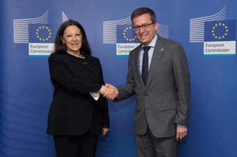 Catia Bastioli y Carlos Moedas EU Research, Science & Innovation