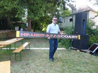 Georg Dirmayer mit Hausmannscoast Banner
