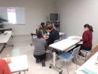 ☆小田 みどり研究員さんが初めて参加された方(SONY Xperiaスマホ)のサポート中。