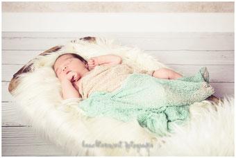 Newborn, Shooting, beachtenswert fotografie, Wittbek, Husum, Foto Neugeborene, Babyfotografie, Nordfriesland, Susanne Dommers