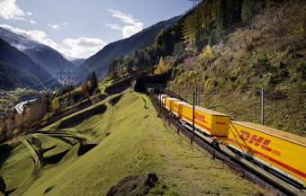 DHL Global Forwarding uses the transcontinental rail option since long.  / Source: DHL