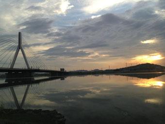 芦田川大橋西詰河川敷