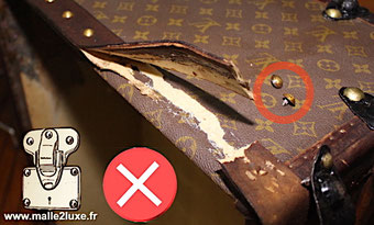 lozine belt made of cardboard Louis Vuitton Trunk