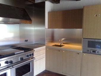 trasera, panel de zona de coccion o salpicadero en acero inoxidable