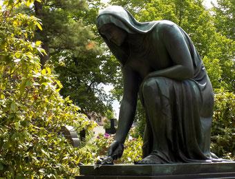 Edgar Rietz Johannisfriedhof Dresden Erzguss A. Milde Bild: Susann Wuschko