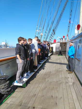Team-Aktionen auf und im Wasser, Wasser, Schiff, teamevent.de, Teamevent, Firmenevent, Betriebsausflug, Schnurstracks, Teambuilding,