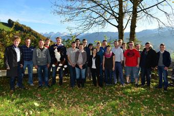 Gruppenbild: Zukunftsseminar im herbstlichen Toggenburg