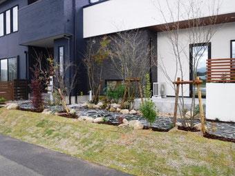 福岡で外構工事を安くしている写真
