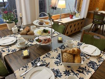 Zur Stärkung am Morgen: Unser reichhaltiges Frühstücksbuffet