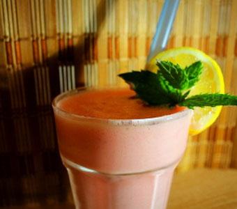 Grenadine Milch Shake