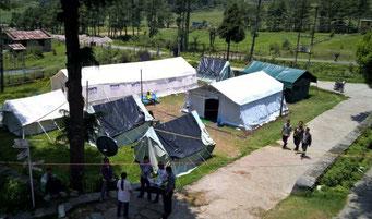 Provisorisches Krankenhaus in Zelten