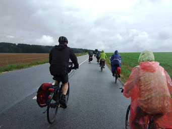 unterwegs - wenigstens regnet es nicht mehr so stark
