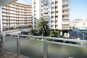 Balkon mit Nachmittagssonne