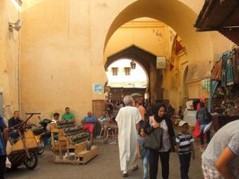 モロッコ、フェズ旧市街。モロッコのアパート暮らしを体験したい方へ。mika