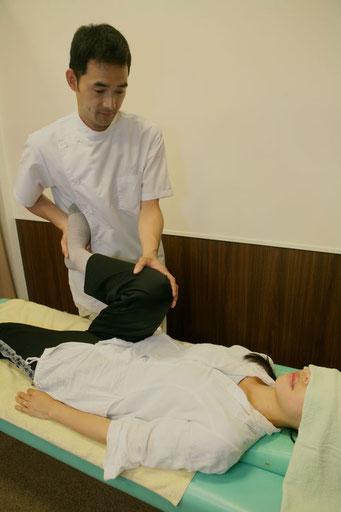 八千代市の整骨院 「みうら整骨院」は、患者さまお一人お一人にあった施術をしております。  どうぞお気軽にご相談ください。