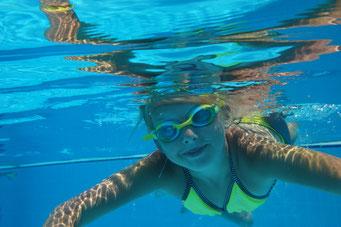 Schwimmsportartenübergreifende Schwimmkurse