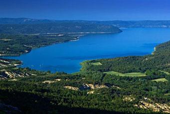 Le lac Sainte Croix